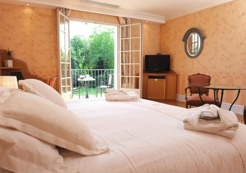 HOTEL CHÂTEAU DE BRINDOS (CERRADO)