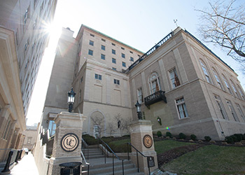 THE UNIVERSITY CLUB OF PITTSBURGH
